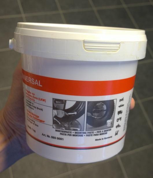 Vannerasva Remaxx Universal 1 kg purkki